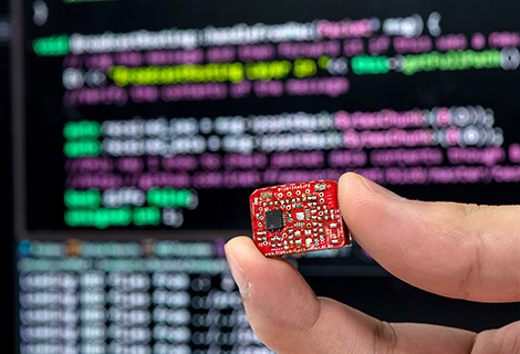 Hardware and Software in IoT